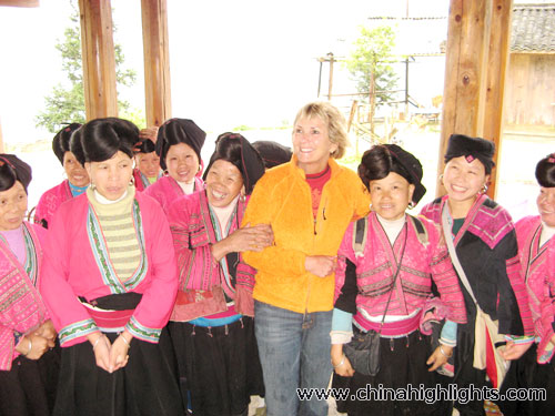 Customer with Ethnic Women