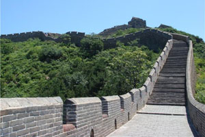 the spring scenery of the Great Wall