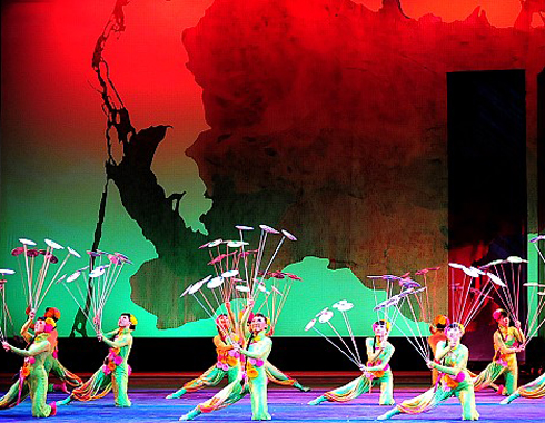 A feast of light color, incredible acrobatic and circus feats presented by one of China's famous troupes.