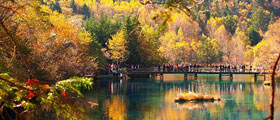Jiuzhaigou and Huanglong scenic tour