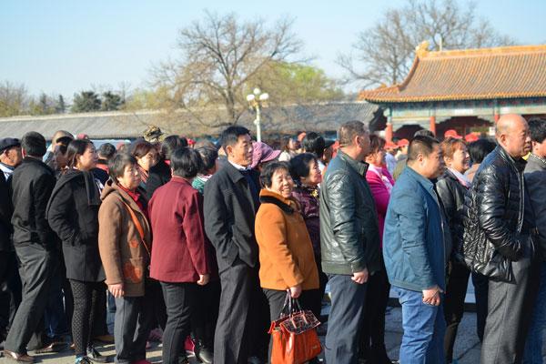 Dates avoid visiting China