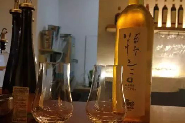 rice wine tasting experience for couples