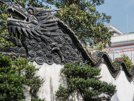 Dragon Wall in the Yuyuan Garden