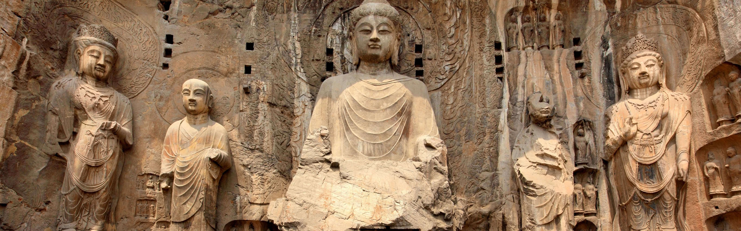 Round Day Trip from Xi'an to Luoyang and Shaolin Temple by HSR