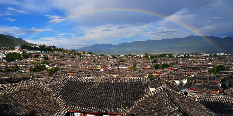 Have a bird's eye view of the Lijiang Ancient Town