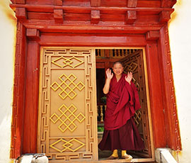 visit a lama in his dormitory