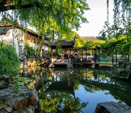 Beautiful Chinese gardens in Suzhou