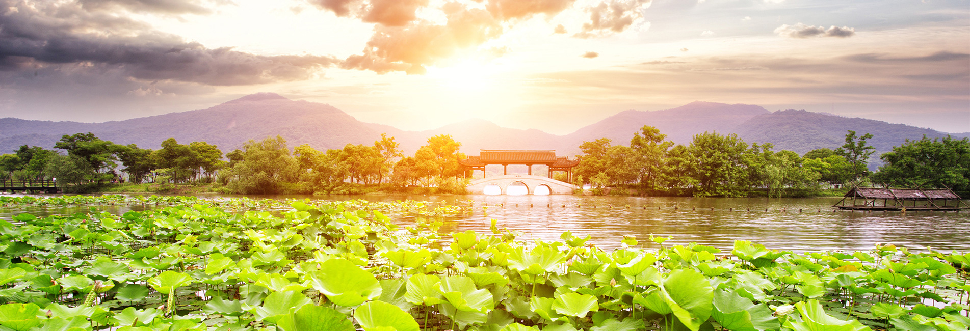 the spring colors of the West Lake in Hangzhou