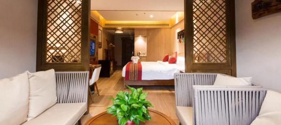hotel-the-5th-meteorite-light-year-hotel