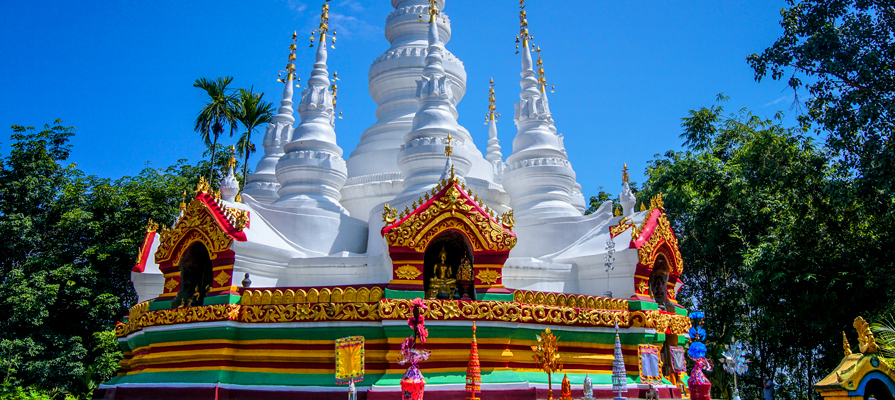Manfeilong White Pagodas