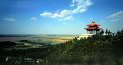 The Zhengzhou Yellow River Scenic Area